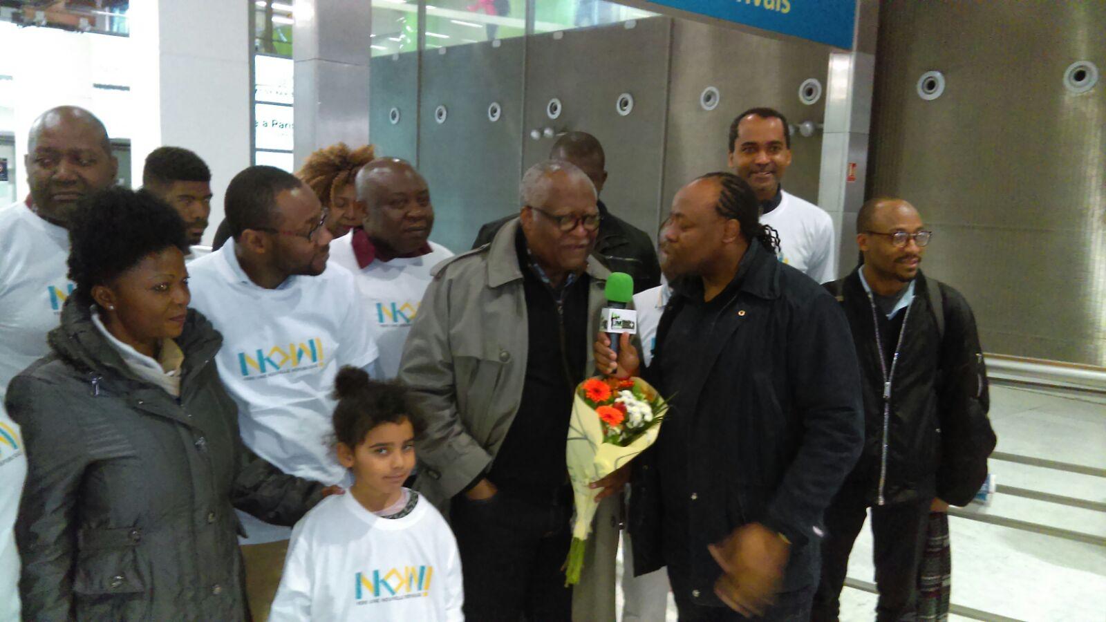 POLITIQUE/CAMEROUN: Me AKERE MUNA est ARRIVE à PARIS (JMTV+)