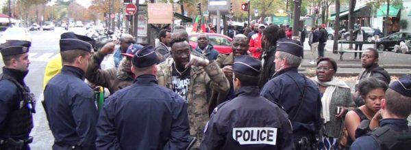 ÉCHAUFFOURÉES ENTRE LES MANIFESTANTS CAMEROUNAIS et la POLICE à PARIS