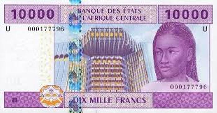 « Le débat récurrent sur le franc CFA finit par écorner l'image et l'honneur de la France » (LE MONDE)