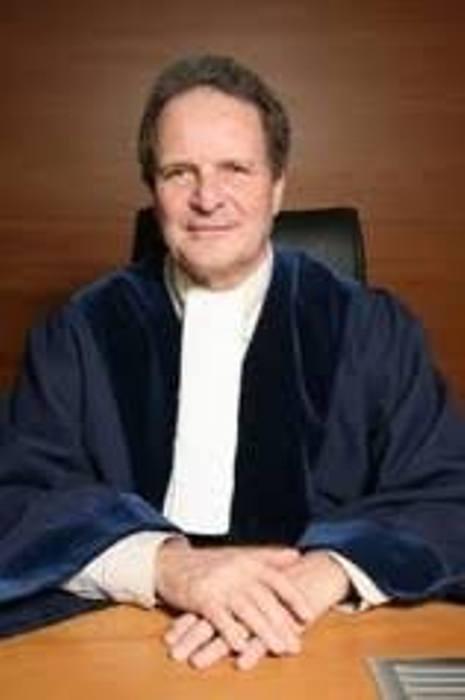 Affaire Maurice Kamto et Cie: ,L'Avocat Français Jean-Pierre COT,juge au Tribunal International pour le Droit de la Mer,veut lui aussi le défendre.
