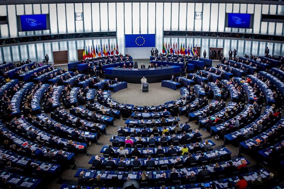 URGENT:L'UNION EUROPÉENNE DEMANDE DE SUSPENDRE LA LIVRAISON D'ARMES AU CAMEROUN