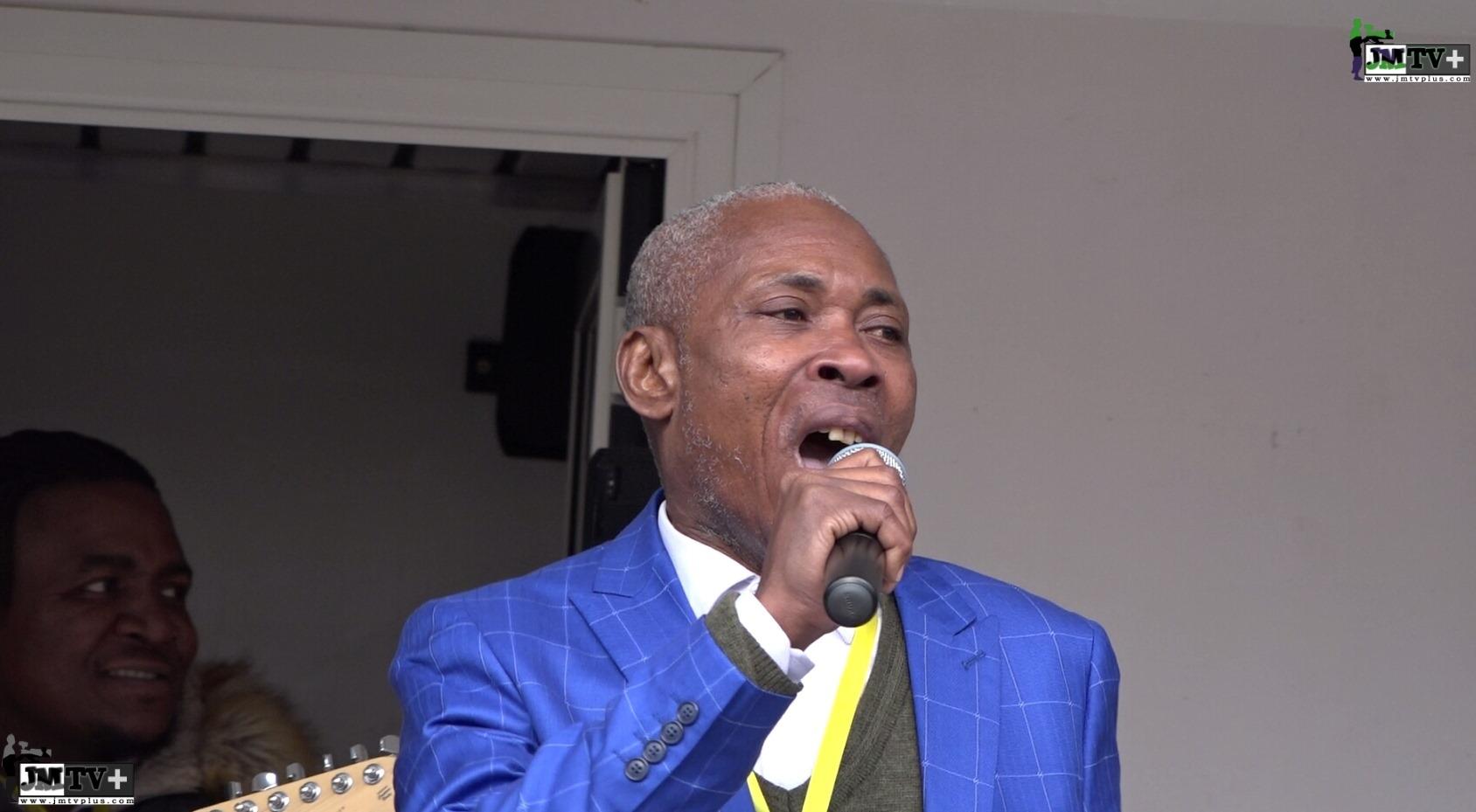 Cameroun : Lynché par les siens pour avoir chanté au meeting de Maurice Kamto à Paris, Nkodo Sitony sort de sa réserve